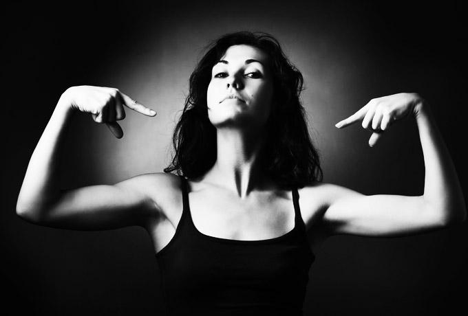 3 типа женщин, которых хотят мужчины, но смертельно боятся