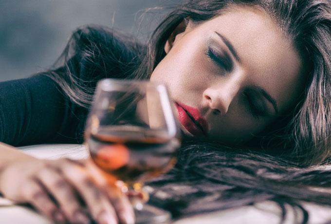 Кому из знаков Зодиака лучше не пить