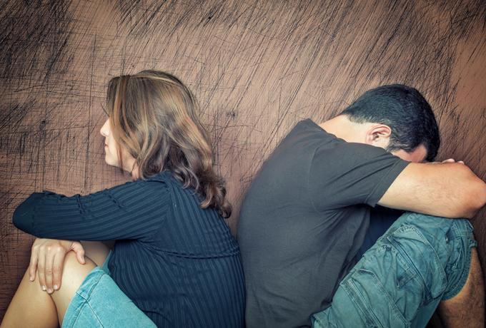 Многие ищут пару, пытаясь таким образом разрешить свои проблемы