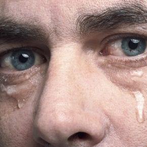Почему слёзы – это признак эмоциональной устойчивости