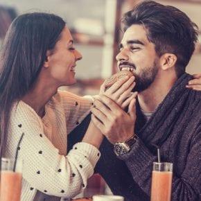 12 фраз, которые НИКОГДА не стоит говорить своему парню