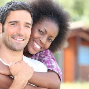 Почему пары, которые  в отношениях не придерживаются общепринятых правил, самые прочные и счастливые