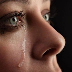Научно доказано, что люди, которые часто плачут, очень сильны