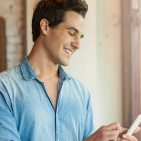 5 сообщений, которые он напишет, если ты ему не безразлична