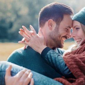 11 поступков мужчины, которые показывают, что он по-настоящему влюблен