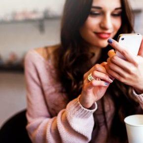 Толкование мужских СМС. Как понять, что ты ему нравишься