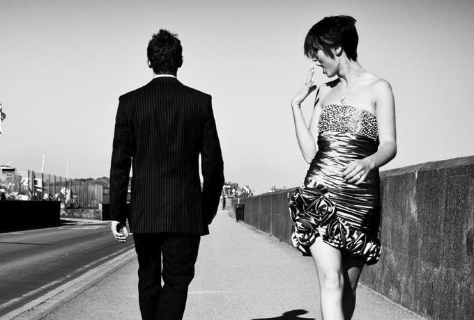 10 вещей, которые женщины ДУМАЮТ, что нравятся мужчинам (но на самом деле нет)