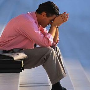 10 мыслей и действий, которые лишают нас жизненной силы