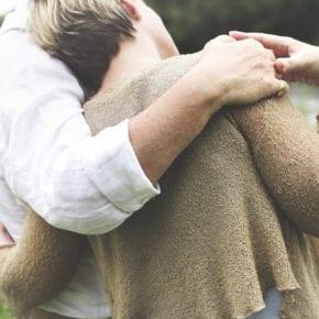 Мы полюбили друг друга тогда, когда я не мог полюбить себя