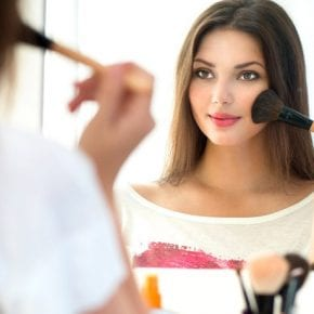 Простой вопрос – должна ли девушка быть красивой?
