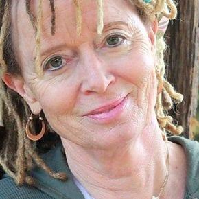 Энн Ламотт: Вы не можете никого спасти, исправить или заставить «завязать»