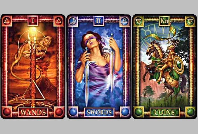 Выберите одну из трех карт и она даст жизненный совет, который вам сейчас необходим