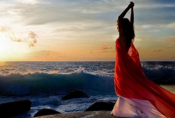 Как завоевать мужчину, используя природную женскую энергию