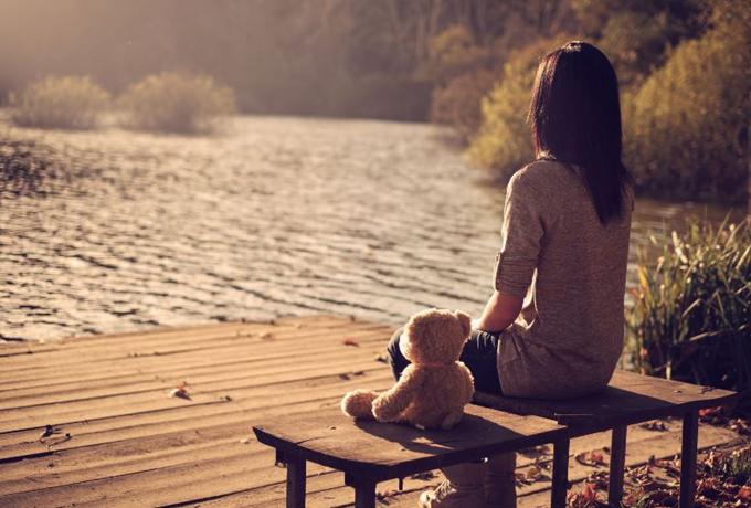 Если ты будешь продолжать думать об этих вещах, то так и останешься одинокой