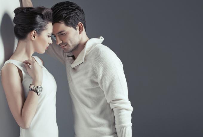 Как сильные мужчины ведут себя с женщинами?