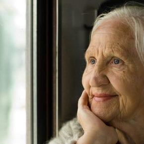 Мудрые советы от старушки, которая прожила счастливо в браке 65 лет
