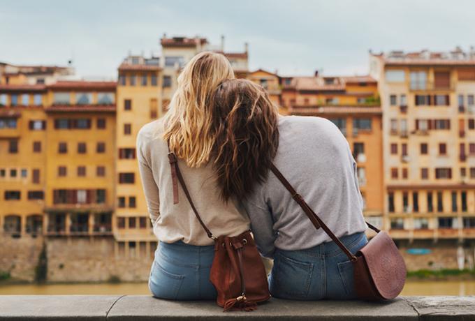 7 признаков того, что ваша лучшая подруга стала вам сестрой