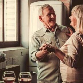 Танцы могут остановить признаки старения в мозге