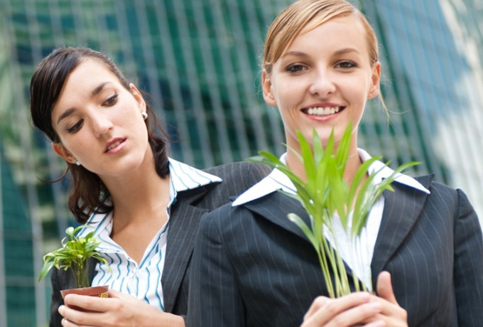 8 признаков того, что вам завидуют (и что с этим делать)