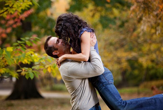 11 отличительных признаков счастливых и здоровых отношений