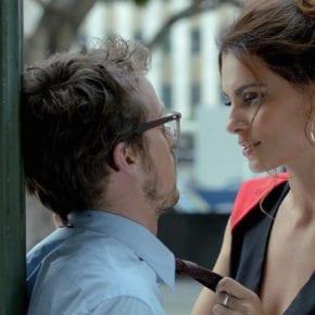 Какая сила толкает мужчин уходить от красивых и умных женщин?