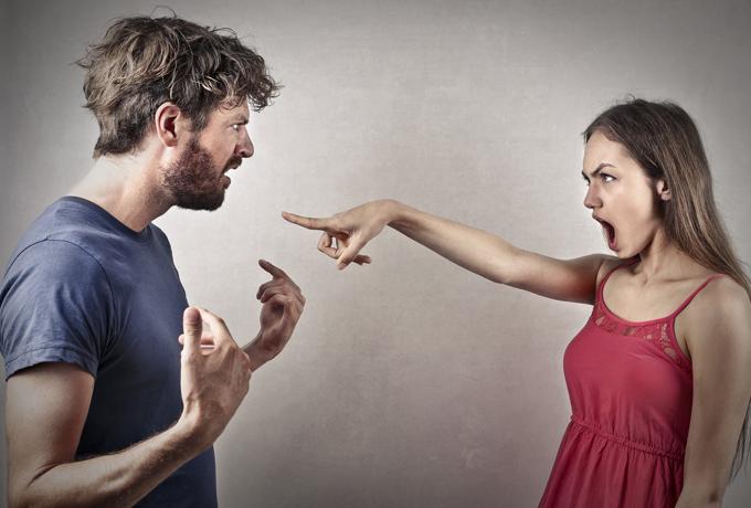 Как ведут себя знаки Зодиака в семейных конфликтах