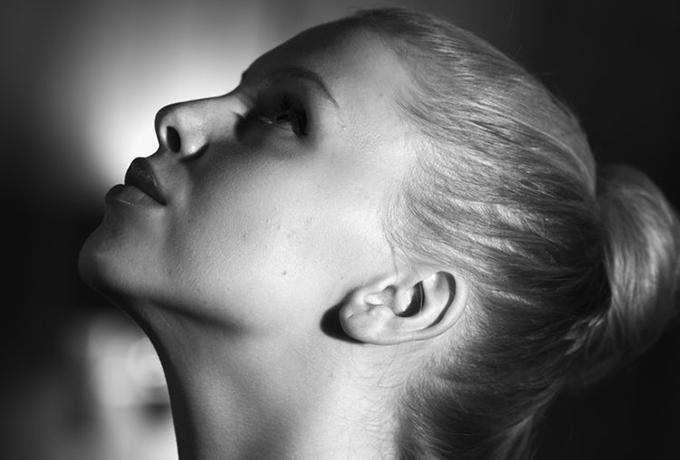 Почему так много умных и красивых женщин все еще одиноки?