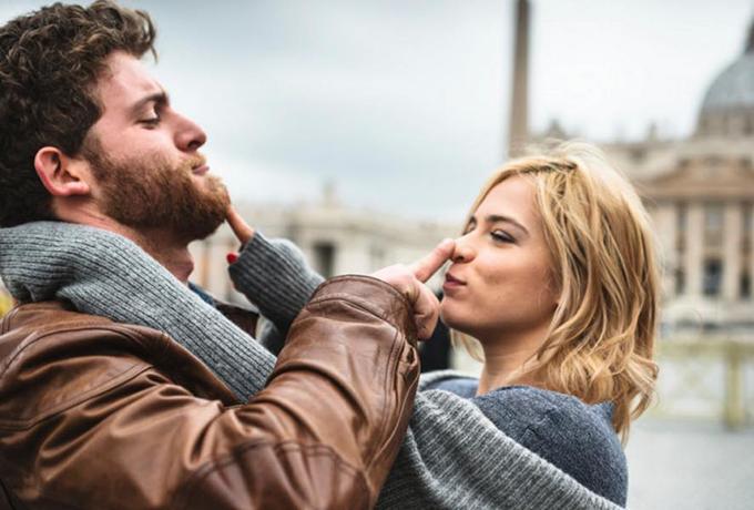 Шутите чаще друг над другом, это укрепляет отношения – наука подтверждает