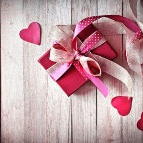 Какие подарки стоит подарить на день святого Валентина женщинам разных знаков Зодиака?