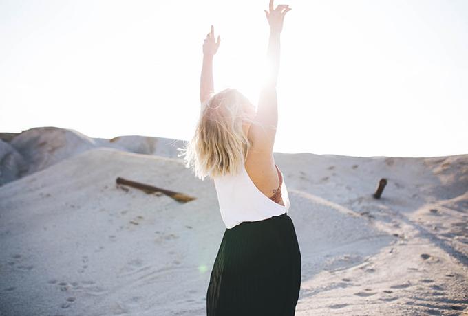 Откажитесь от этих 12 вещей, и изобилие обязательно найдет путь к вам