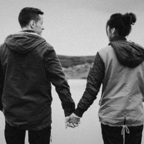 Есть пять этапов любви: к сожалению, многие пары расстаются на третьем