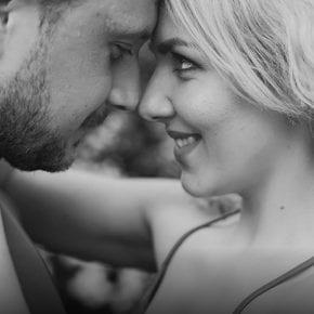 Любовь - это принятие человека, а не изменение его