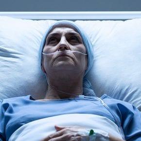 В случае серьезной болезни мужчины бросают жен в 6 раз чаще, чем женщины мужей
