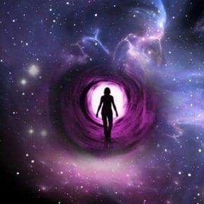 Слушайте внимательно, иначе неправильно прочитаете сигналы, которые посылает Вселенная