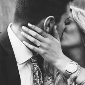 15 способов признаваться в любви, не сказав ни слова
