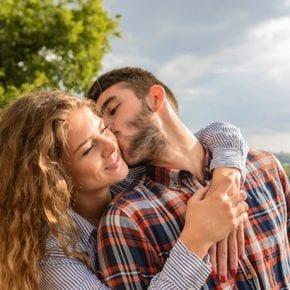 Однажды вы встретите того, кто поможет вам понять, что такое любовь