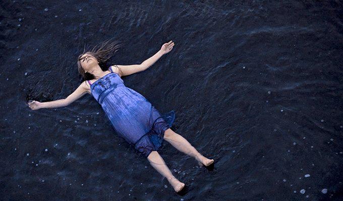 5 знаков Зодиака, которые предпочитают плыть по течению