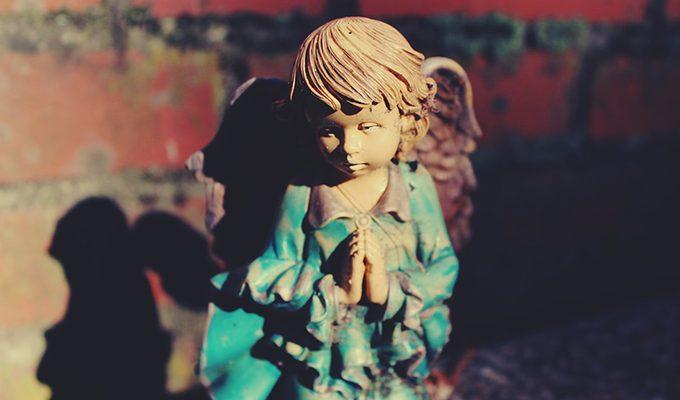 В минуты отчаяния всегда читаю эту молитву Ангелу-хранителю