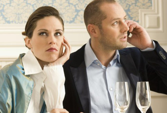 3 привычки жены, которые не дают мужчине финансово расти