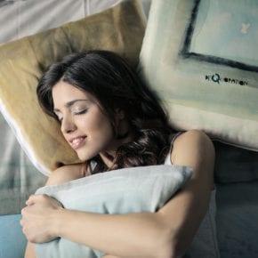 10 способов, с помощью которых медитация перед сном может изменить вашу жизнь к лучшему