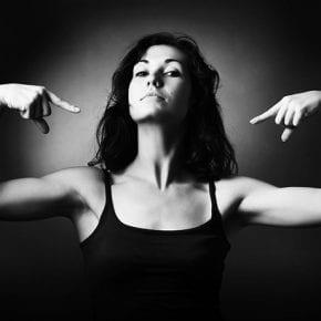 11 слов, поступков и фраз, которые говорят не о силе, а о вашей слабости