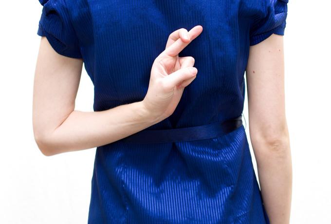 Детектор лжи: 10 признаков того, что вас обманывают