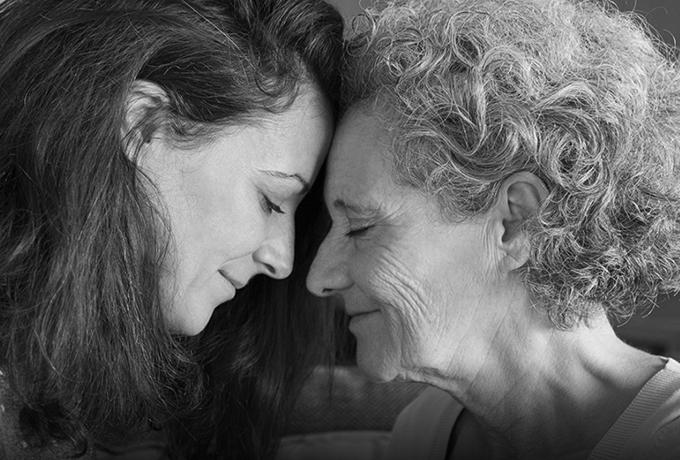 Дорогая Мама, спасибо, что никогда не позволяла сомневаться в твоей любви