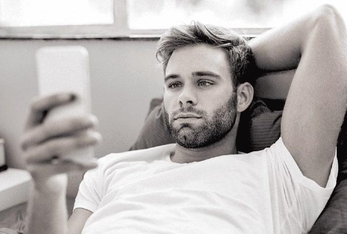 Если мужчина не отвечает на ваши сообщения, значит, вы ему не интересны