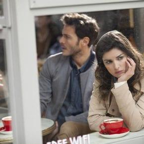 Эксперт по отношениям называет 5 тревожных сигналов того, что ваша любовь – нездорова
