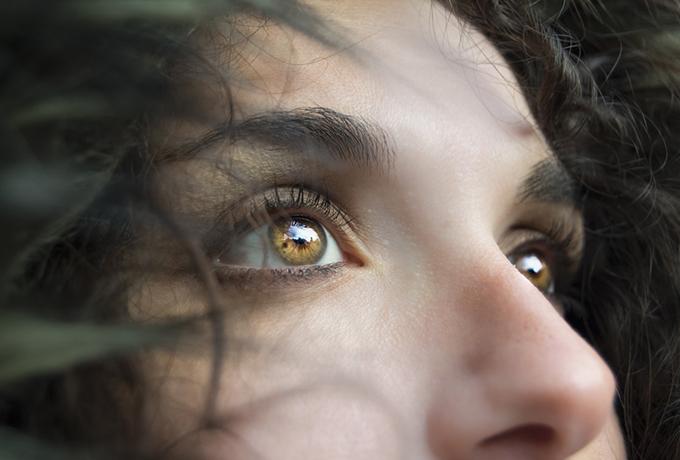 8 причин того, почему сильные женщины так часто чувствуют себя одинокими