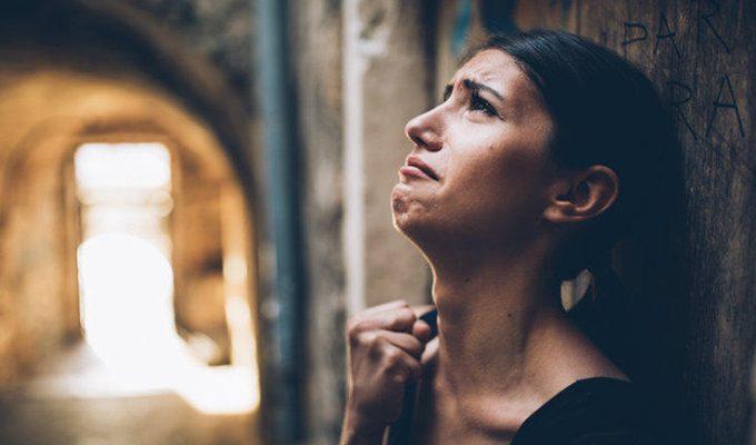 Узнайте, что может довести до слез каждый знак Зодиака
