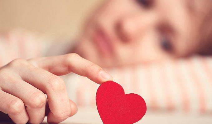 С глаз долой — из сердца вон: как ведут себя знаки Зодиака, когда им разбивают сердце