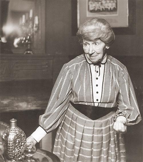Представить другую миссис Хадсон уже невозможно