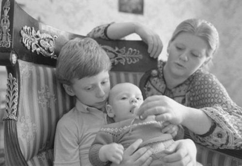 Самое главное — семья: нежное счастье Ирины Муравьевой и Леонида Эйдлина